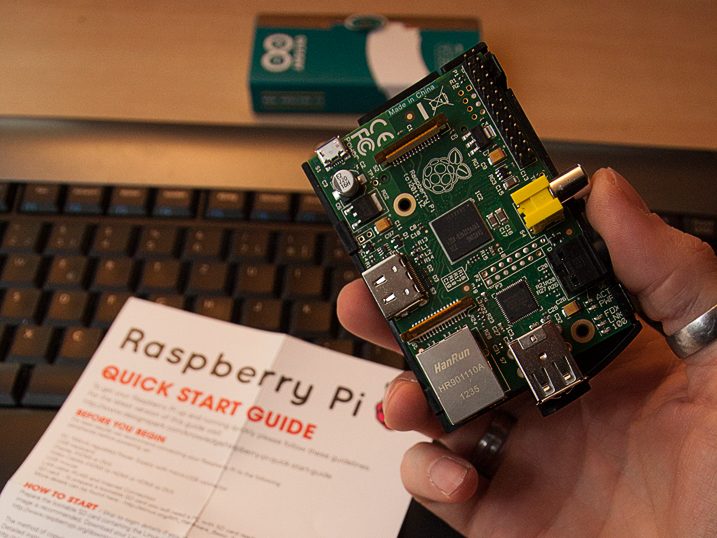 Raspberry Pi - B